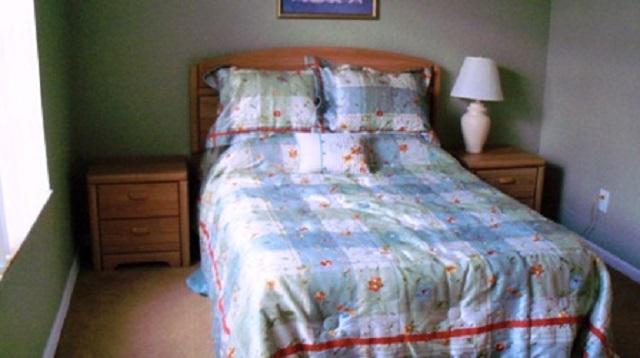 1223 North Hampton Dr - Double Bedroom - Pilgrim Homes Florida