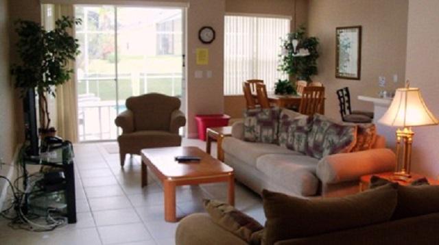 1223 North Hampton Dr - Interior View - Pilgrim Homes Florida