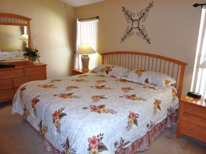 1316 Solana Circle - Master Bedroom 1