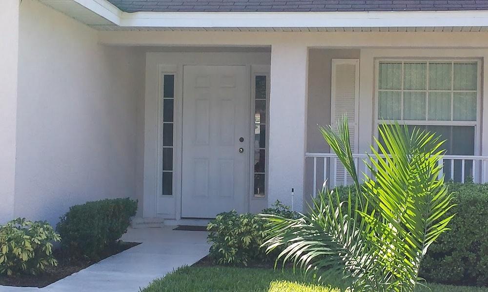 139 Laurel - Florida Pines - Entrance Porch - Pilgrim Homes Florida