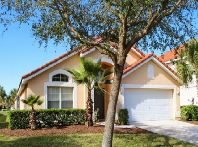 167 Carerra - Solana Front view - Pilgrim Homes Florida