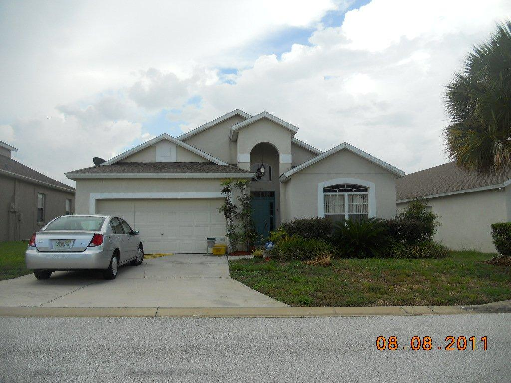219 Corvina Drive - Front View