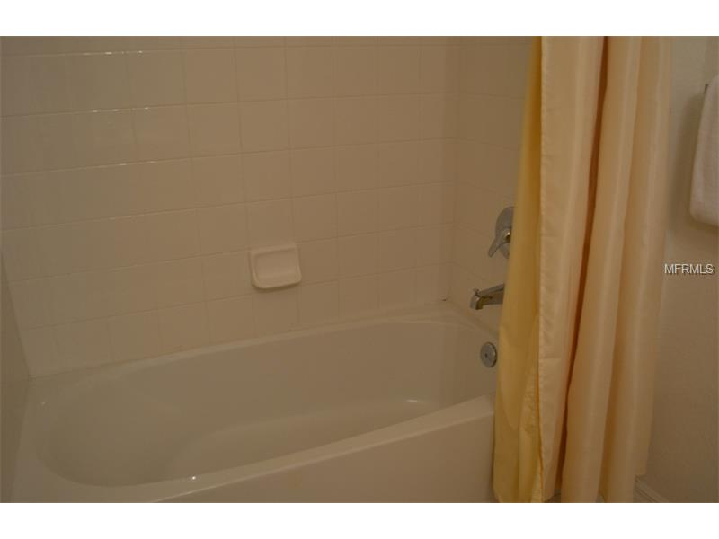 2206 San Vittorino, Kissimmee - Guest Bathroom