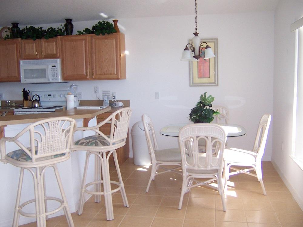 237 Lancaster  Breakfast Nook - Pilgrim Homes Florida