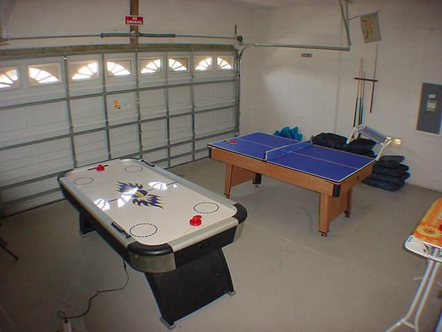 2602 Oneida Loop - Games Room