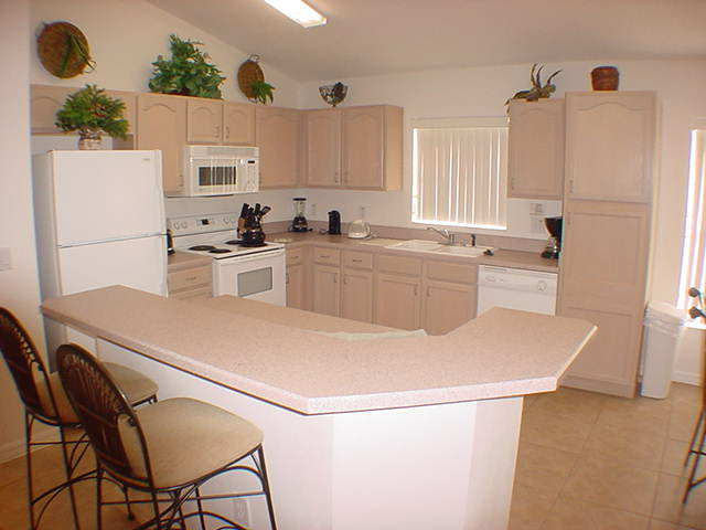 2602 Oneida Loop - Kitchen