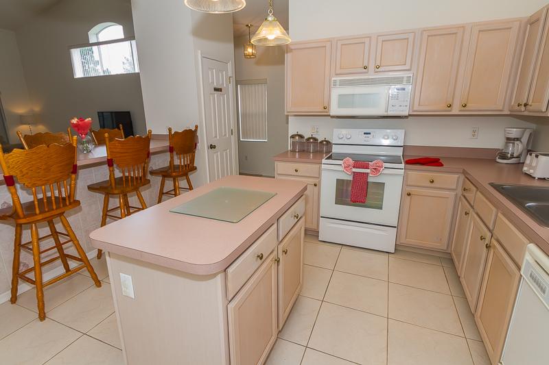 2902 Paddington - Lindfields - Kitchen -Pilgrim Homes Florida