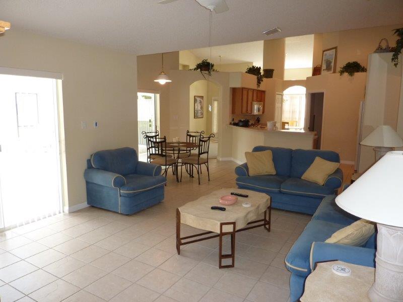 3133 Samosa Hill Circle - Family Room