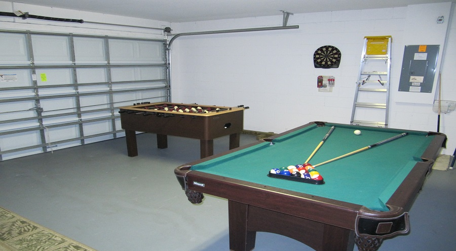 321 Bridgewater Drive - Games Room