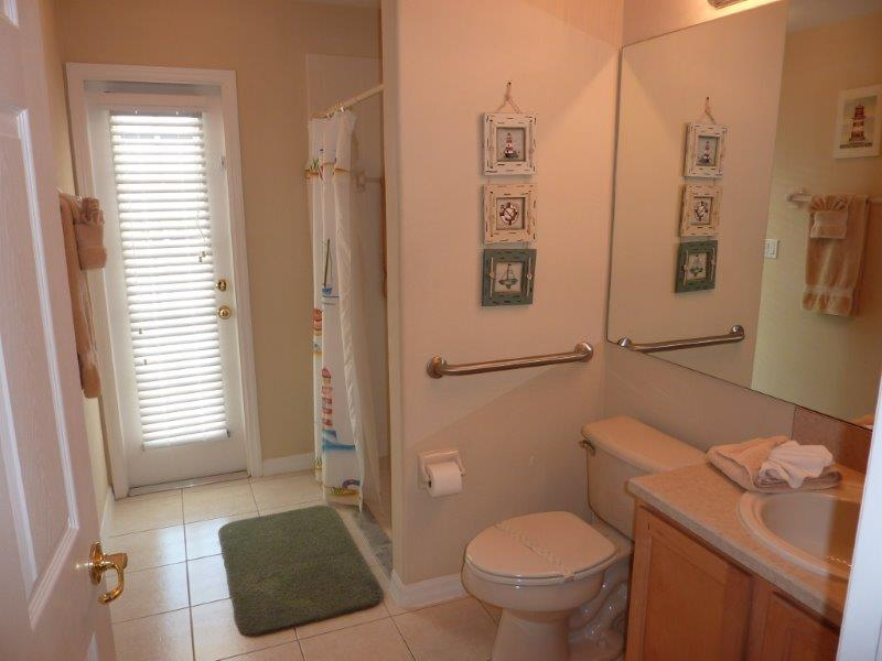 3232 Holly Grove - Pool Bathroom