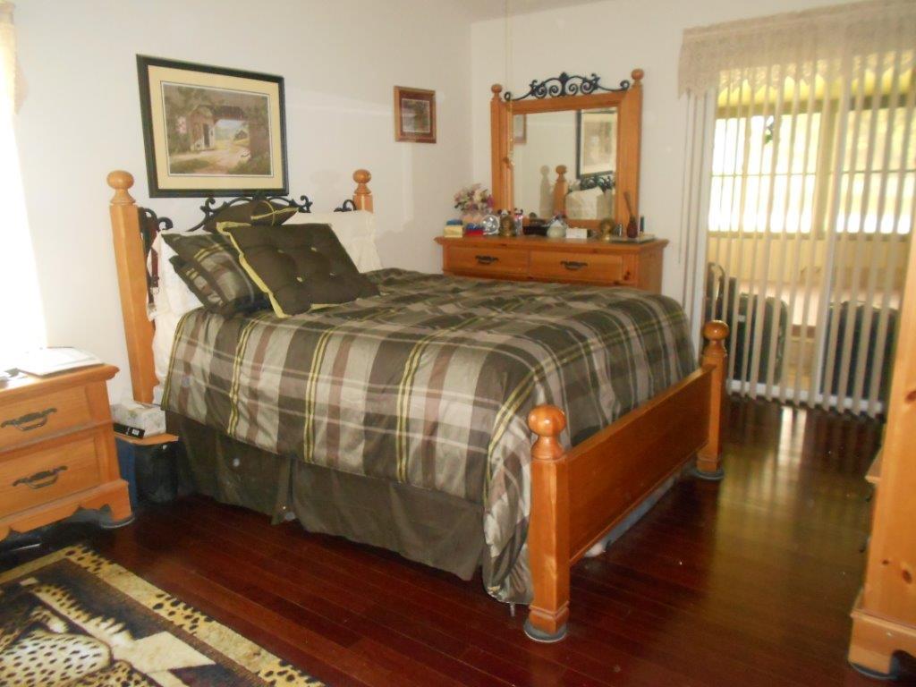 347 East Shoreline Drive - Master Bedroom
