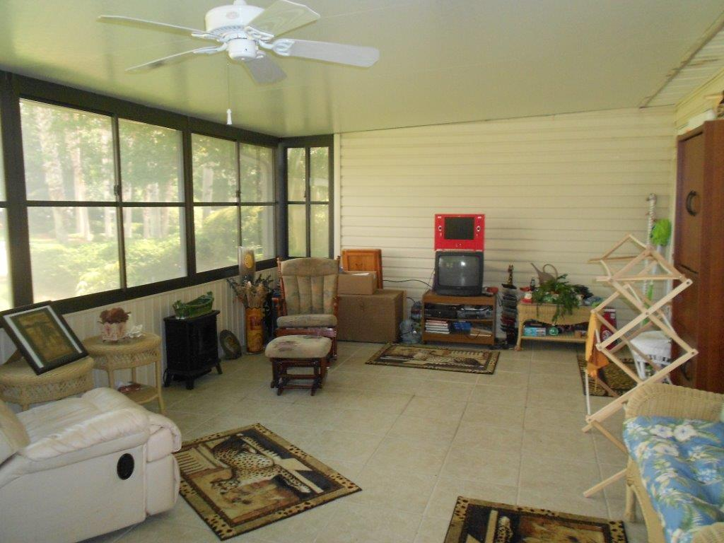 347 East Shoreline Drive - Screened Room Area