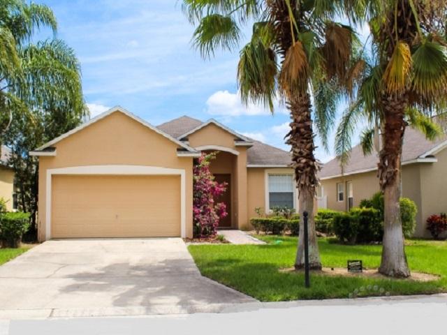403 Gray Stones Blvd - Front View 2 - Pilgrim Homes Florida