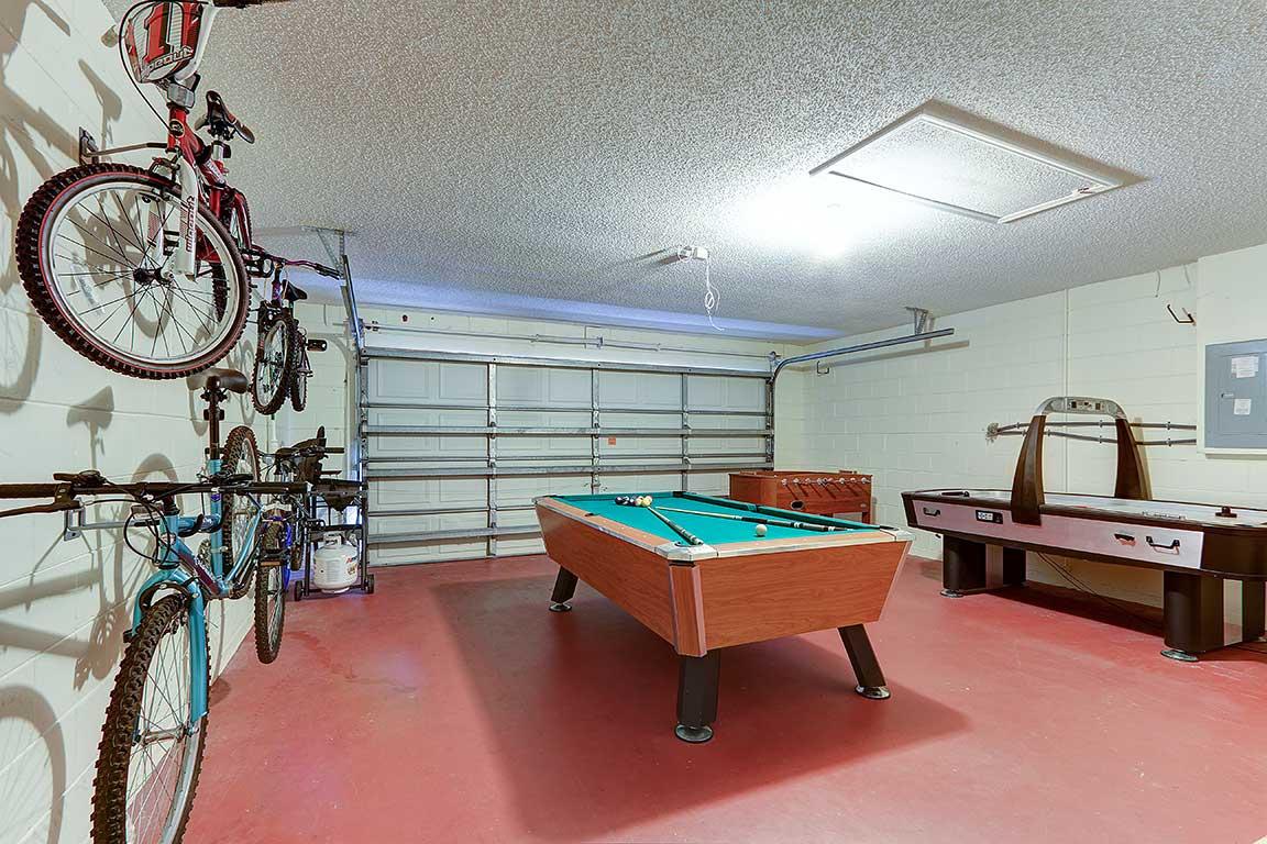 428 Pinewood Drive - Games Room