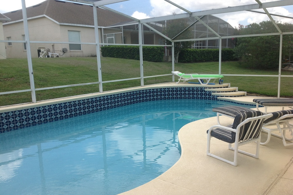 447 Julliard Pool with covered Lanai - Pilgrim Homes US