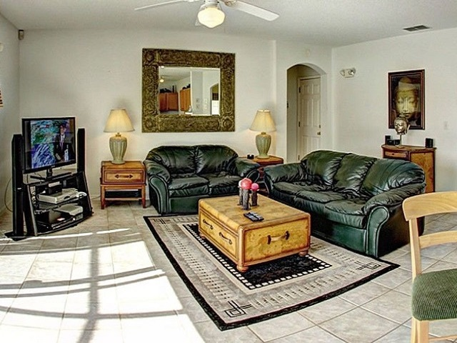 7958 Golden Pond - Living room - Pilgrim Homes Florida