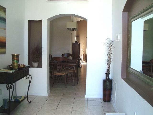 7965 Magnolia Bend - Entrance Hall - Pilgrim Homes Florida