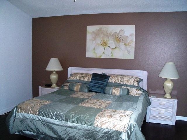7965 Magnolia Bend - Master Bed 1 - Pilgrim Homes Florida