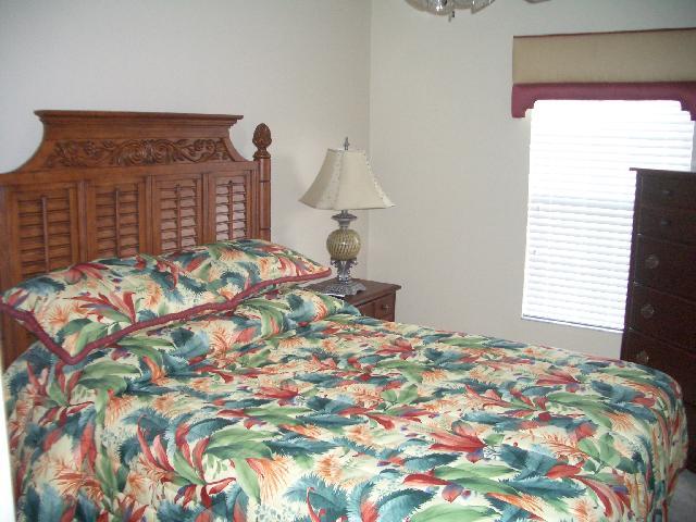 840 Assembly Court - Queen Bedroom - Pilgrim Homes Florida