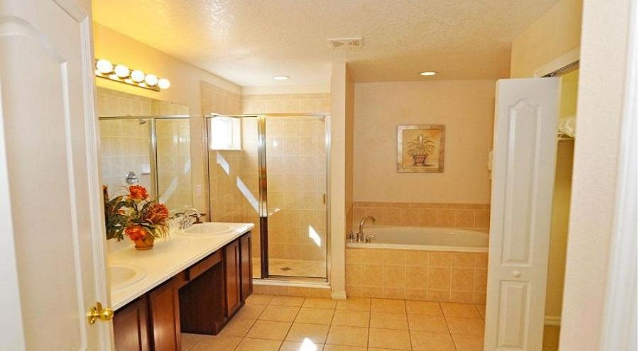 Westhaven Master Bathroom