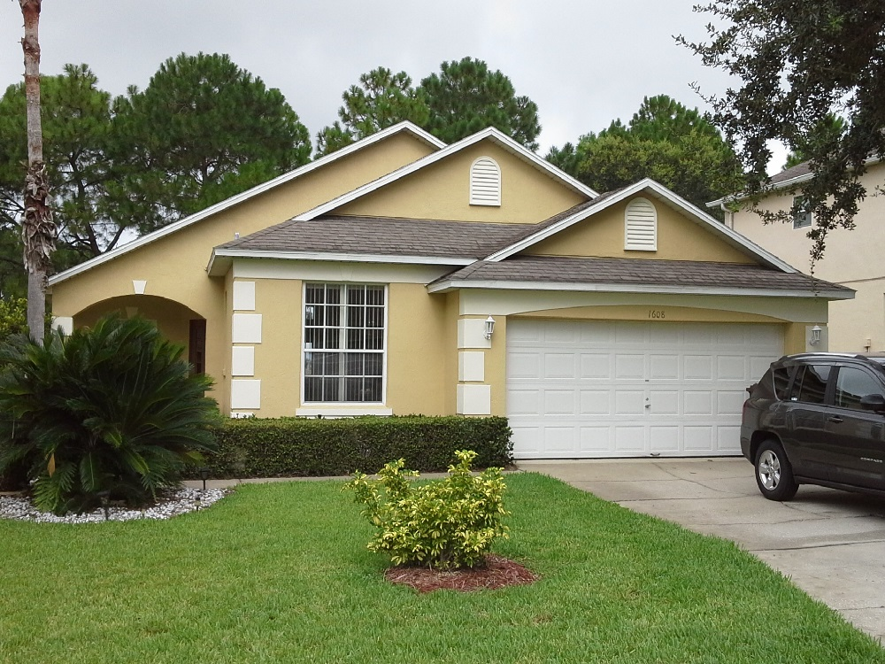 1608 Forest Hills Front view - Pilgrim Homes Florida