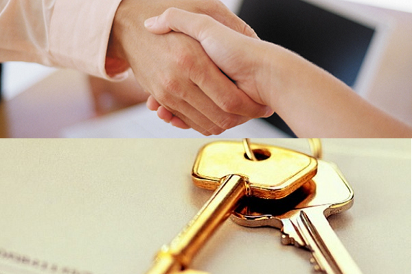 Handshake with Keys - Pilgrim Homes Finance - Cluadia Velez (no text)